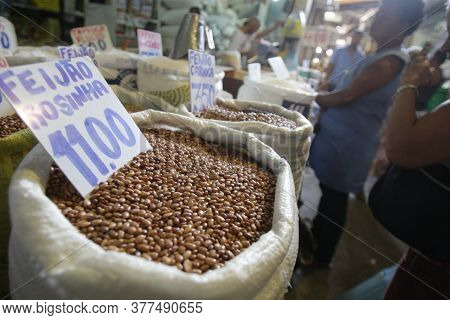 Salvador, Bahia / Brazil - April 11, 2017: Stock Image Of Beans Sold At The Sao Joaquim Fair In The