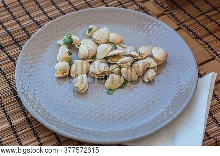 Clams Served On A Plate, Healthy Food