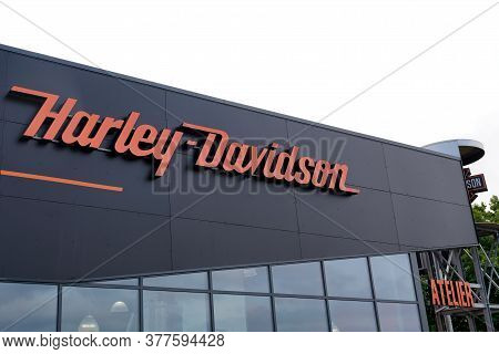 Bordeaux , Aquitaine / France - 07 17 2020 : Harley-davidson Logo Text And Sign Of Motorcycle Dealer