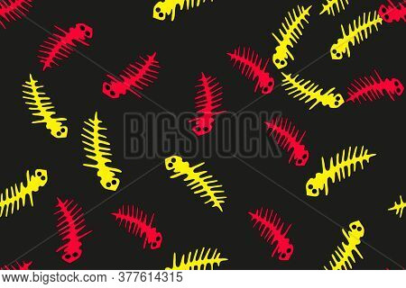 Red And Yellow Countur Lizards Seamless Pattern