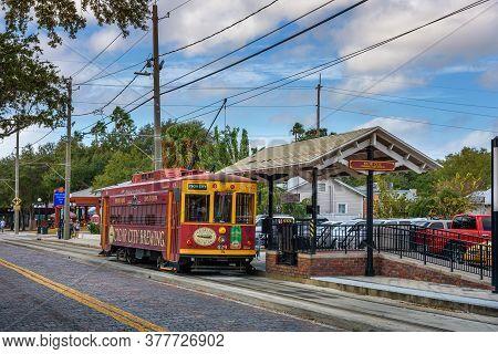 Tampa, Florida, Usa - January 11, 2020 : Teco Line Streetcar Operating From Tampa Bay To The Histori