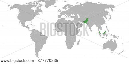 Pakistan, Malaysia Countries Isolated On World Map. Light Gray Background. Economic And Trade Relati
