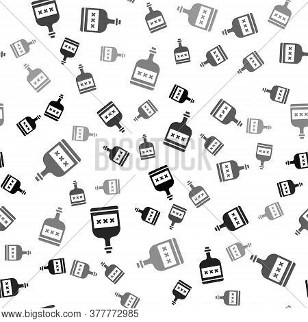 Black Alcohol Drink Rum Bottle Icon Isolated Seamless Pattern On White Background. Vector Illustrati