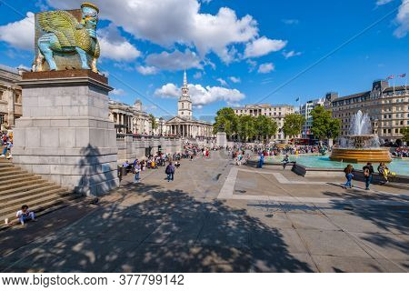 LONDON,UK - AUGUST 19,2019 : Trafalgar Square and the National Gallery in London on a beautiful summer day