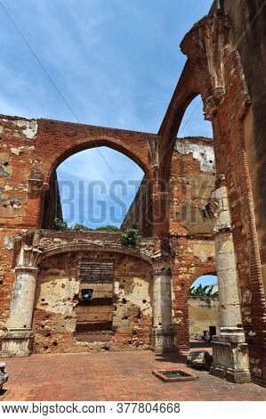 Ruins of hospital San Nicolas de Bari at Santo Domingo, Dominican Republic.