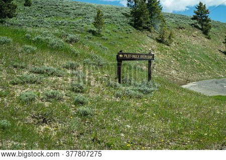 The Pilot Index Overlook, Along The Beartooth Highway Mountain Pass - Wyoming Us Highway 212