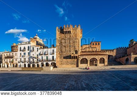 Caceres, Spain - November 08, 2019: Bujaco Tower, Torre De Bujaco In Caceres Main Square, Extremadur