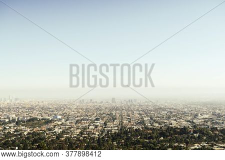 Panoramic View Of La Downtown And Suburbs From The Beautiful Griffith Observatory In Los Angeles