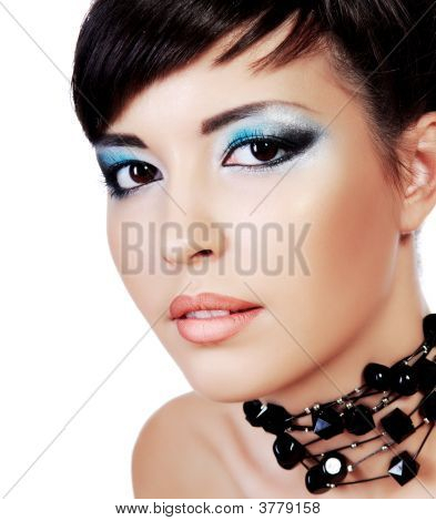 Beautiful Face With Stylish Fashion Eye Make-Up.