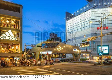 July 20, 2020: Nanxi Shopping District Near Zhongshan Metro Station Located In Taipei, Taiwan, With