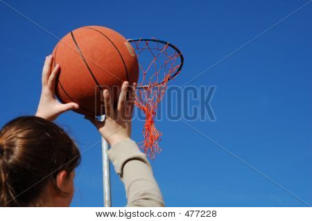 Shooting Basket