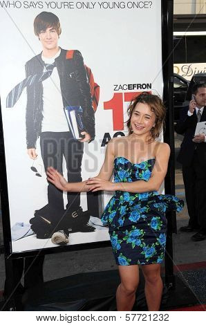 Olesya Rulin at the Los Angeles Premiere of '17 Again'. Grauman's Chinese Theatre, Hollywood, CA. 04-17-09