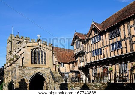 St James Chapel & Lord Leycester Hospital.