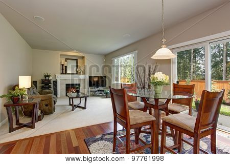 Perfect Dinning Area With Connected Living Room.