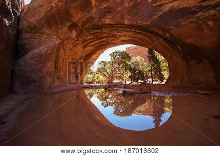 Navajo Arch In Arches National Park In Utah, Usa
