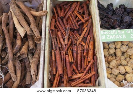 Top view of Cinnamon sticks and other dried fruits