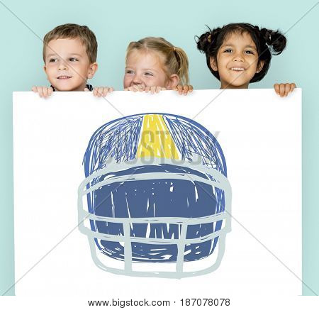 Children with a drawing of American football helmet