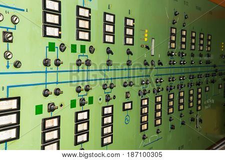 Green control panel main distribution of energy
