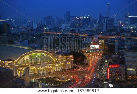 BANGKOK THAILAN - MAY20 : beautiful traffic light and Hua Lumphong railway station in heart of bangkok on may20 2017 in bangkok thailandd