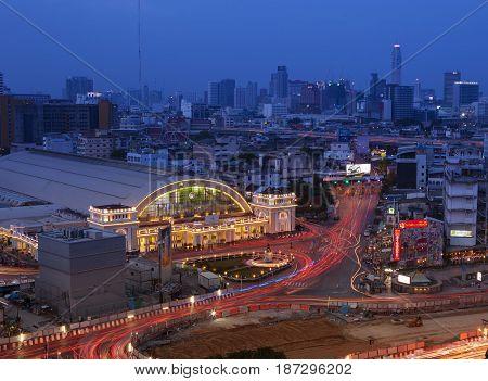BANGKOK THAILAN - MAY20 : beautiful traffic lights and Hua Lumphong railway station in heart of bangkok on may20 ,2017 in bangkok thailand