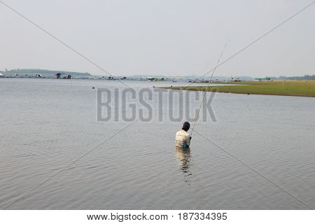 Fishing people around Lam Pao Kalasin Dam Thailand