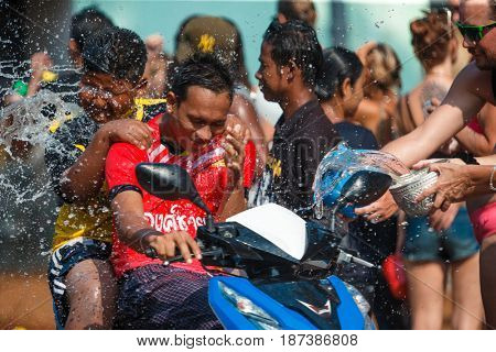 13 April 2016, Ko Phangan, Thaland: people join celebration of the Thai New Year or Songkran in Ko Phangan on Apr 13, 2016