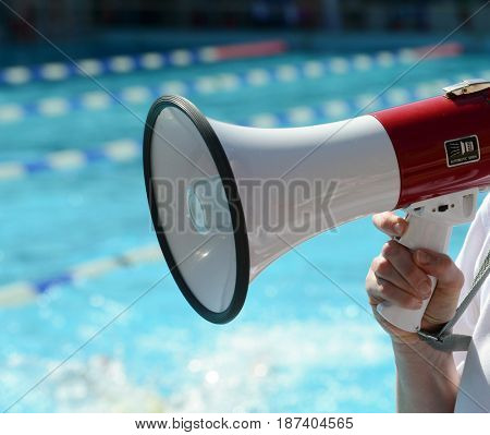 swimming competition referee