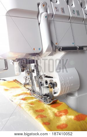 Overlock sewing machine - view on working area - matte look
