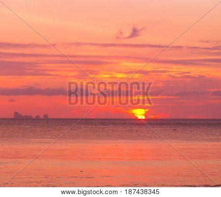 Sunset Paradise Evening Scene