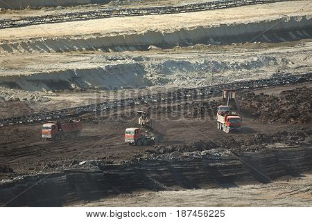 Open pit mining of coal wit waste pile