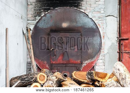 Metal Round Shaped Of Oven For Wood Baking In Industrial Factory