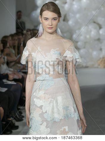 Mira Zwillinger - Spring 2018 Collection - New York Fashion Week Bridal