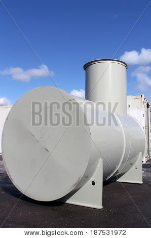 High capacity custom welded metal fuel tank