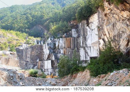 White Marble Extraction In The Apennines