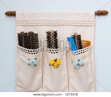 Brush Pocket