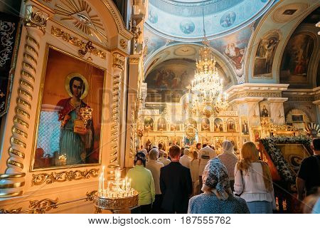 Gomel, Belarus - September 11, 2016: Parishioners People Visiting Public Church Service In Peter And Paul Cathedral In Gomel, Belarus