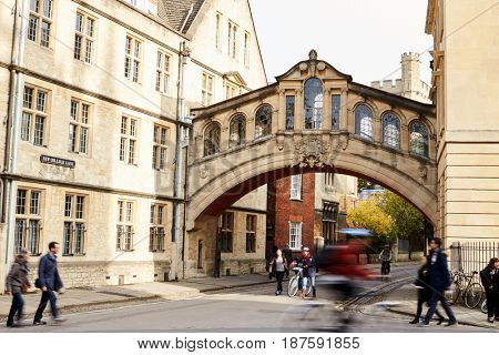 OXFORD/ UK- OCTOBER 26 2016:  Exterior Of The Bridge Of Sighs In Oxford