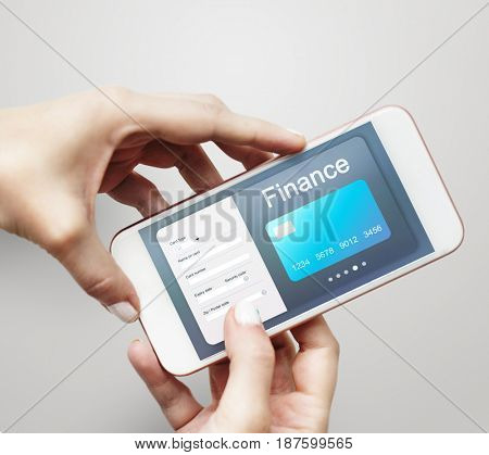 Convergence life online shopping on mobile phone