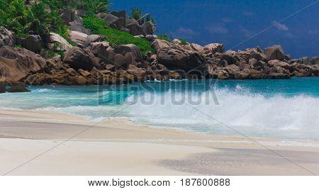 Tide Beach Waters