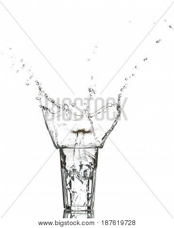 Photo of the glass of water with ice cubes