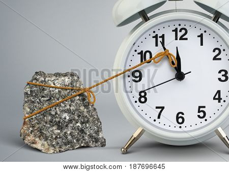 Time on clock stop by stone delay concept