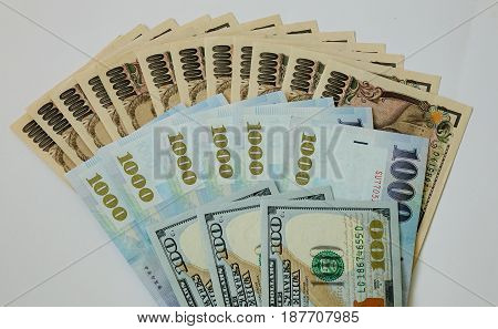 Many Kind Of Banknotes, Close Up