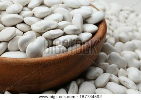 Bowl with butter beans, closeup