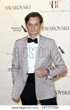 NEW YORK-MAY 22: Hamish Bowles attends the American Ballet Theatre 2017 Spring Gala at David H. Koch Theater at Lincoln Center on May 22, 2017 in New York City.