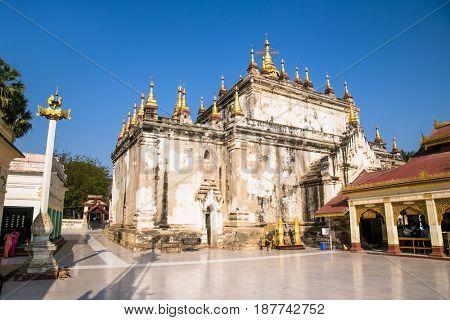 Manuha ancient temple in Bagan, Myanmar. (Burma)