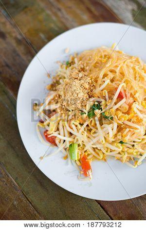 Fresh Fried Pad Thai