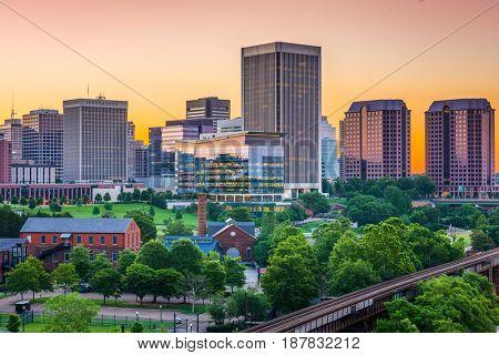 Richmond, Virginia, USA downtown skyline.