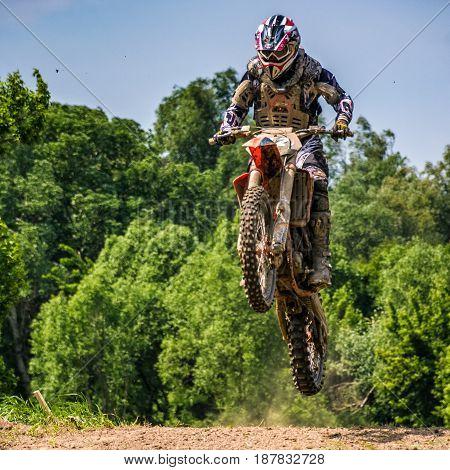 Dirt Bike Jumping