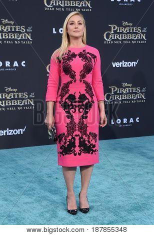 LOS ANGELES - MAY 18:  Elisabeth Rohm arrives for