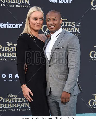 LOS ANGELES - MAY 18:  Lindsey Vonn and Kenan Smith arrives for
